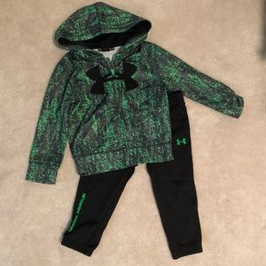 Toddler Boys Under Armour set 2T
